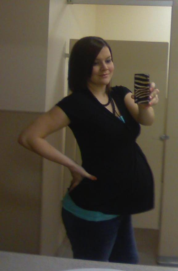 Tags: 38 weeks pregnant belly shot Categories: Me Being Pregnant Personal 15 ...