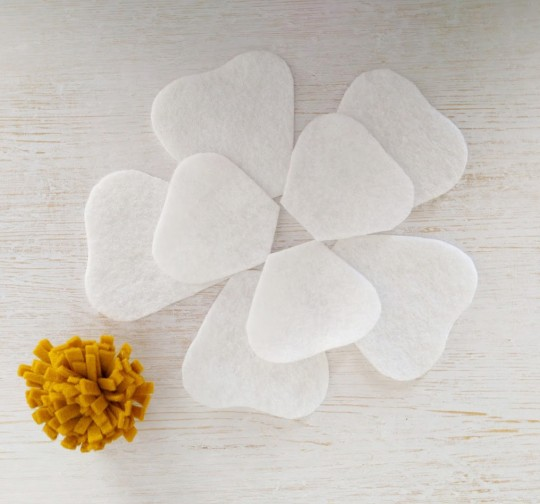Mrs Priss DIY Another Felt Flower Fringe Petals