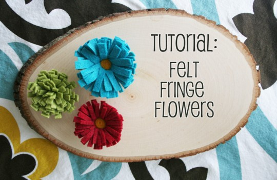 Mrs-Priss-DIY-Felt-Fringe-Flowers-540x351