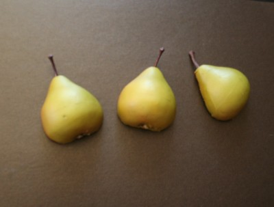 mrspriss_pears_entry_halves